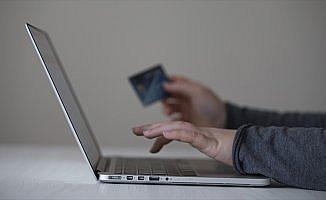 Kredi kartıyla internetten alışverişe onay için son günler