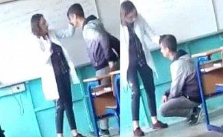 Lisede kadın öğretmen öğrencisine diz çöktürerek dayak attı