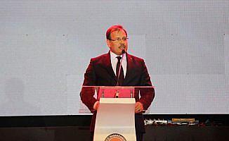 'Türkiye Türkçe'nin korunmasıyla ilgili faaliyetlerini sürdürmektedir'