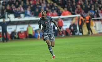 Beşiktaş ikinci yarıya galibiyetle başladı