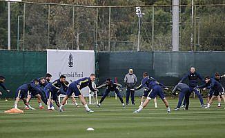 Fenerbahçe ikinci yarı hazırlıklarına başladı