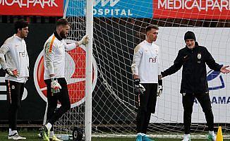Galatasaray'da Taffarel göreve başladı