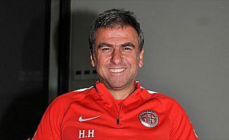 Hamzaoğlu, galibiyetle başlamak istiyor