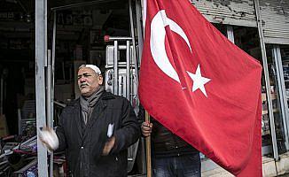 'Yaralı halimle gider teröristlerle mücadele ederim'