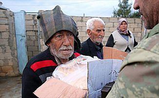 'Zeytin Dalı' ile teröristlerden temizlenen köylerine döndüler