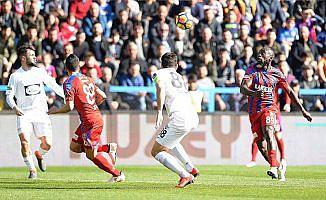 Akhisarspor 3 puanı 3 golle aldı