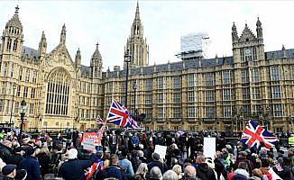 'Brexit referandumuna Rus müdahalesine dair kanıt yok'