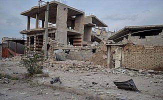 Esed rejimi BMGK'ye rağmen Doğu Guta'yı vurmaya devam ediyor