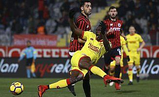 Gençlerbirliği Göztepe'yi 3-0 mağlup etti