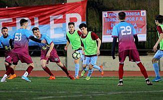 Makedon ve Türk takımları arasında 'Trabzonspor' dostluğu