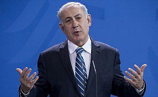 Netanyahu'ya yönelik yolsuzluk dosyalarının ardı kesilmiyor