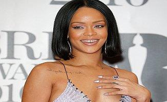 """Rihanna """"30 yaşın altındaki kimselere güvenmeyin"""""""