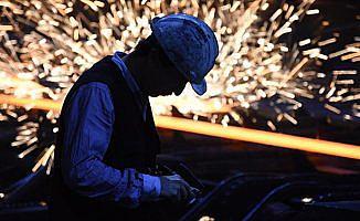 Sanayide istihdam arttı