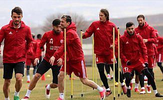 Sivasspor üst sıralarda kalmayı hedefliyor