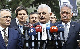 Başbakan Yıldırım: Erbil'e uçuşlar için hava sahamızı bugün itibarıyla açıyoruz