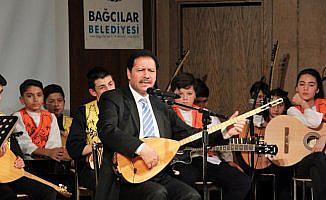 """Çocuk korosu """"Hikayelerle Türküler"""" konseri verdi"""