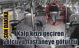 Halk otobosü, yolcusunu ambulans gibi hastaneye yetiştirdi
