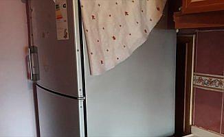 Hırsızlık zanlısı mutfaktaki gizli bölmede yakalandı