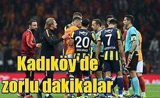 Kadıköy'de kritik derbi: Nefes kesen maçtan gol çıkmadı