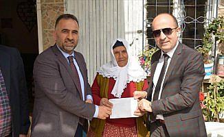 'Kefen parasını' Mehmetçik'e bağışladı