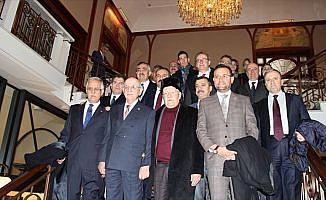TBMM Başkanı Kahraman İsviçre'de Türklerle buluştu