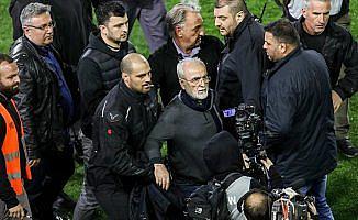 Yunanistan futbolunda kaos bitmiyor