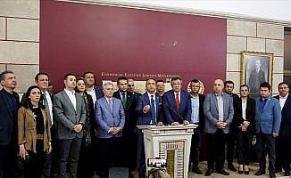 CHP'liler 15 milletvekillinin istifa kararını anlamaya çalışıyor