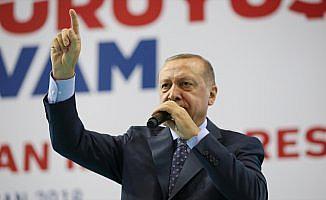 Cumhurbaşkanı Erdoğan: Sen darbe karşıtı değil darbecisin