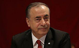 Galatasaray Kulübü Başkanı Cengiz trafik kazası geçirdi