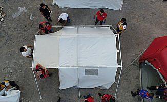 'Gönüllüler ordusu' UMKE depremzedelerin hizmetinde
