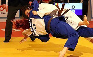 Judo'da Ümit Kadınlar Avrupa Kupası'nın ilk gününde 3 madalya