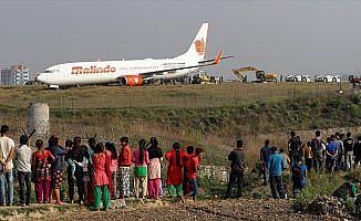 Nepal'de uçak pistten çıktı