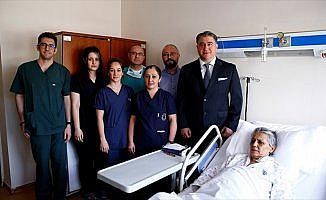 Türkiye'de ilk kez yapılan ameliyatla sağlığına kavuştu
