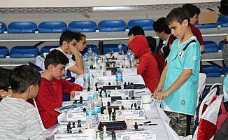 116 okul takımı şampiyonluk için 'hamle' yapıyor