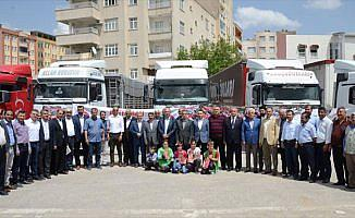 Adıyaman'dan Afrin'e 69 tırlık insani yardım