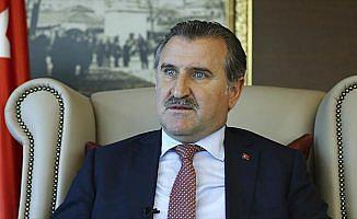 Bakan Bak'tan Büyükşehir Belediye Erzurumspor'a tebrik