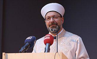 Erbaş'tan ilahiyat öğrencilerine kariyer tavsiyesi