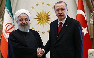 Erdoğan ile Ruhani Trump'ın İran kararını görüştü