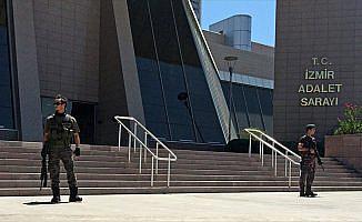 İzmir'deki FETÖ davasında 104 sanığa ağırlaştırılmış müebbet