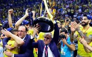 Şampiyon Fenerbahçe Final Four içinparkede