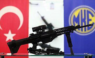 Türkiye'den milli piyade tüfeği hediyesi