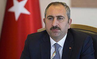 Adalet Bakanı Gül: Suruç'taki saldırı tüm yönleriyle soruşturuluyor