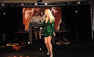 Bulgar sanatçı Djena: Bodrum erkek olsa aşık olurdum