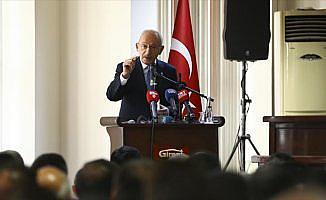 Kılıçdaroğlu: Enkaz edebiyatından söz etmeyeceğiz