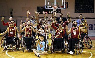 Galatasaray, şampiyonluk kupasını aldı
