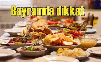 Sağlıklı Bir Ramazan Bayramı İçin Dengeli Beslenin