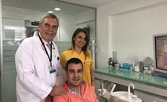 Hastanın dişleri kurtarıldı ve implant görevi gördü
