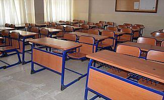 Kamerun'daki FETÖ okulları TMV'ye teslim edildi