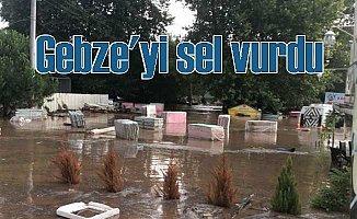 Son Dakika, Kocaeli'nde sel felaketi: Çok sayıda aile kurtarıldı