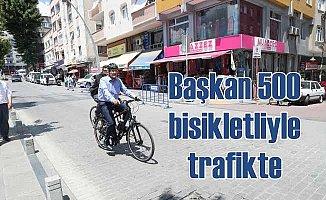 Zeytinburnu Belediye Başkanı 500 Bisikletliyle Trafikte!